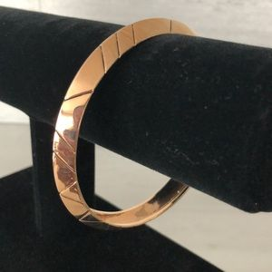 House of Harlow 1960 Rose Gold Aztec Stack Bangle